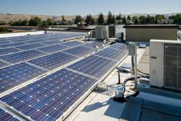 Večje sončne elektrarne na poslovnih stavbah